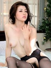 Sayuri Shiraishi has forbidden sex