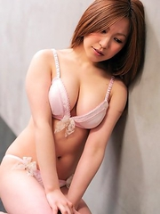 Miyu Kanzaki shows big assets in bra in many hot positions