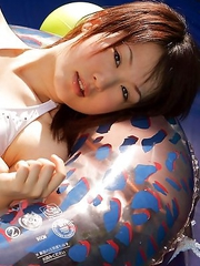 Naoko Sawano with fit curves can´t wait to go to the sea