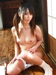 Hot Asian Arisa Suzuki shows playful titties