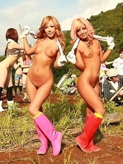 Raina and Rara flashing their tits